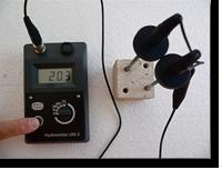 Electronic moisture meter